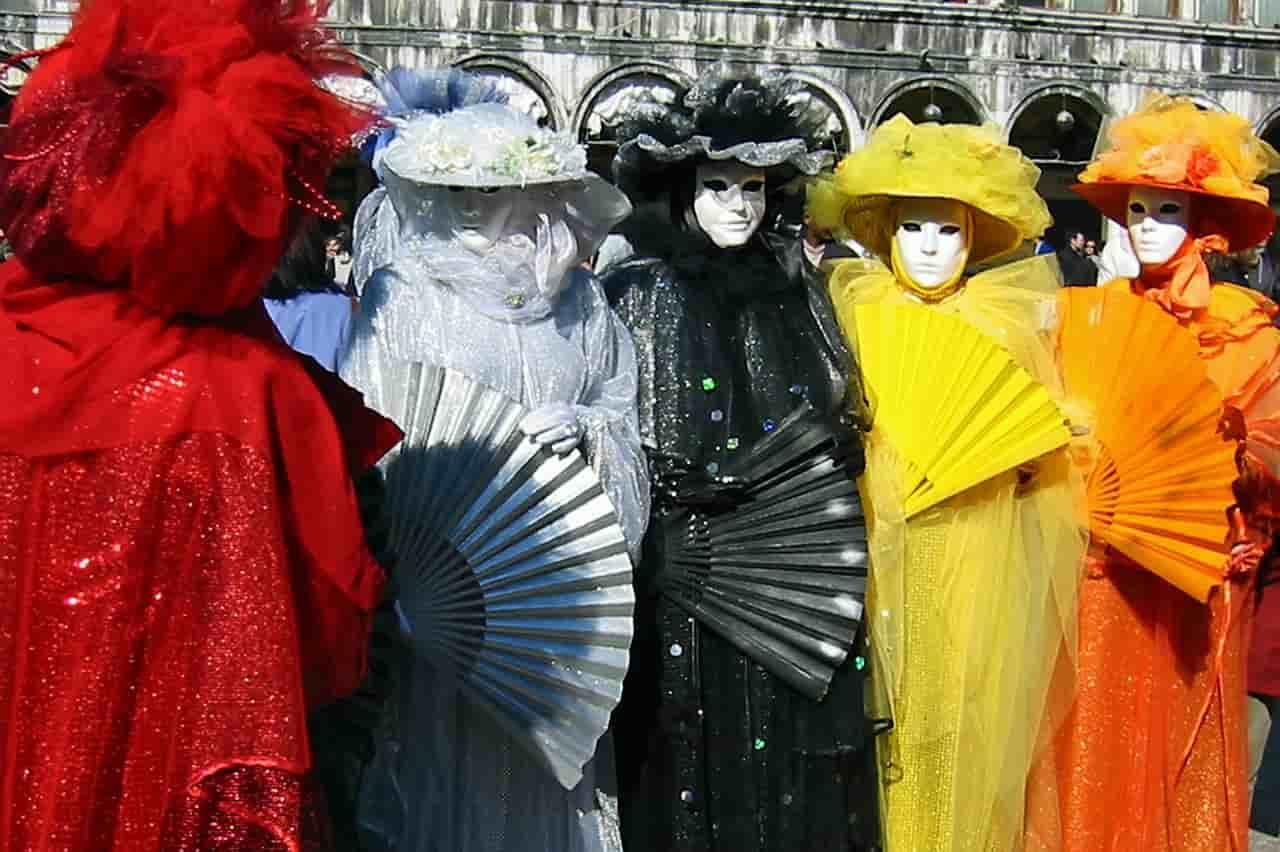karnevál programja